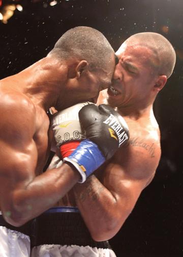 Butt Boxing 33
