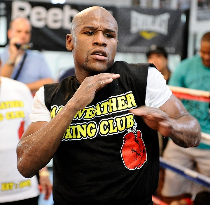 Floyd Mayweather Workout Photos From Vegas Media Training Session Credit
