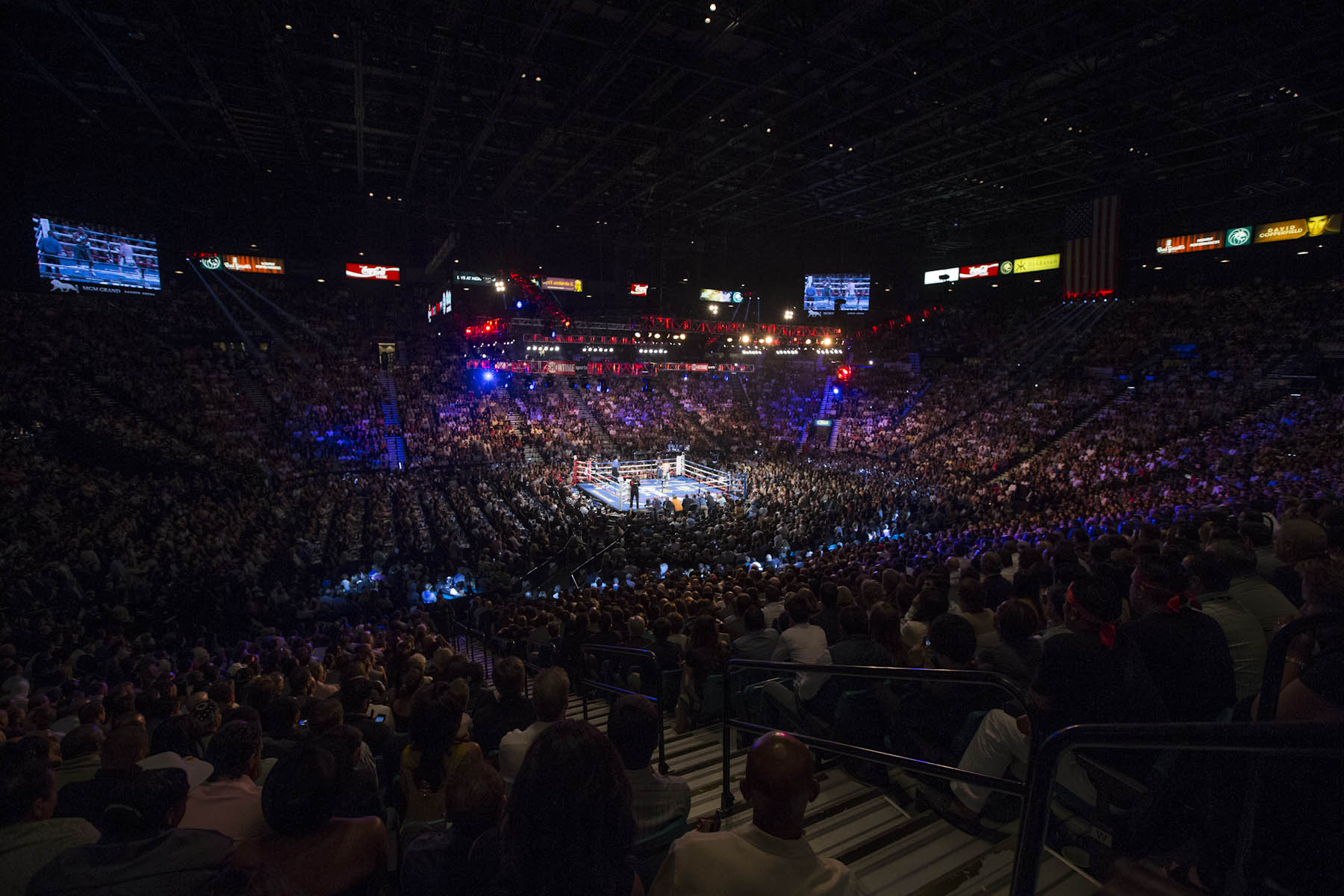 MGM Grand Garden Arena ProBoxing Fans