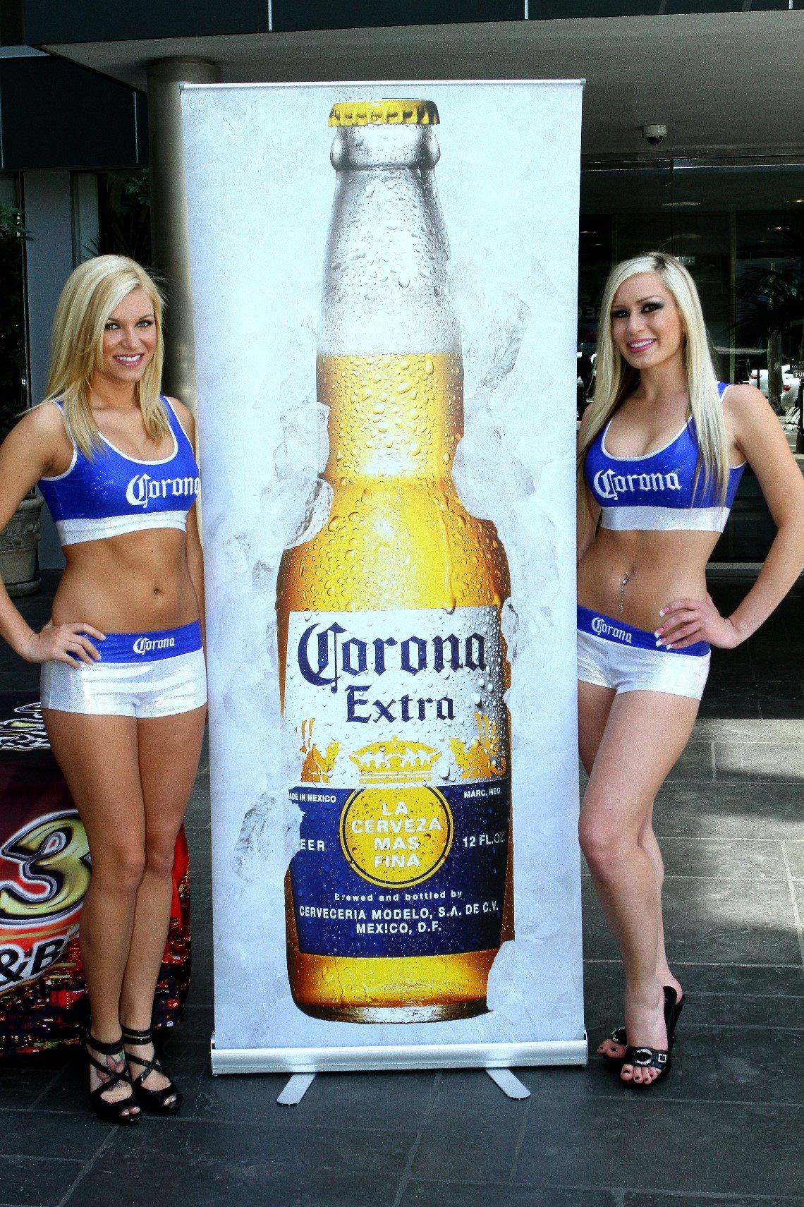 corona girls boxing nude