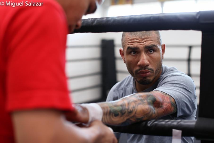 Canelo's Physicality Overwhelms Cotto's Boxing