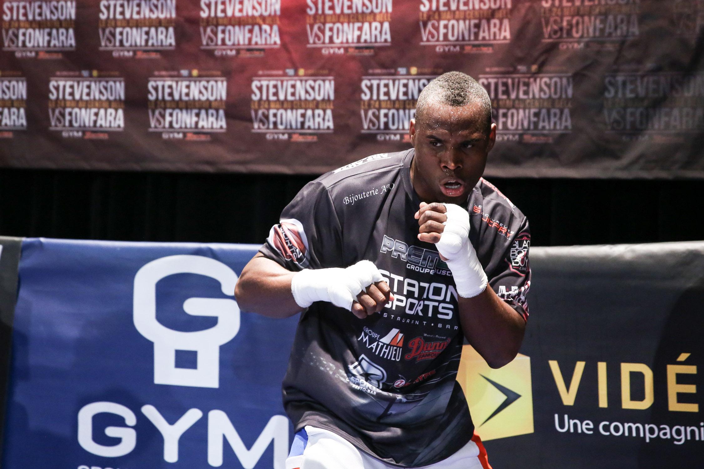 A Jack 2214 13 KO le faltó el resuello final para poner fuera del ring al rey del Consejo Mundial del Boxeo