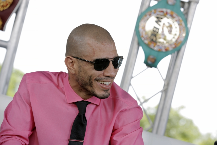 Photos quotes miguel cotto honored in puerto rico - Hector santos ...