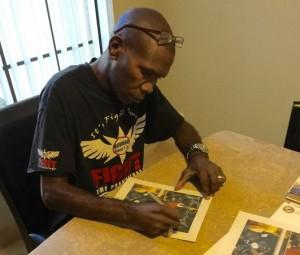 howard davis jr signing autograph