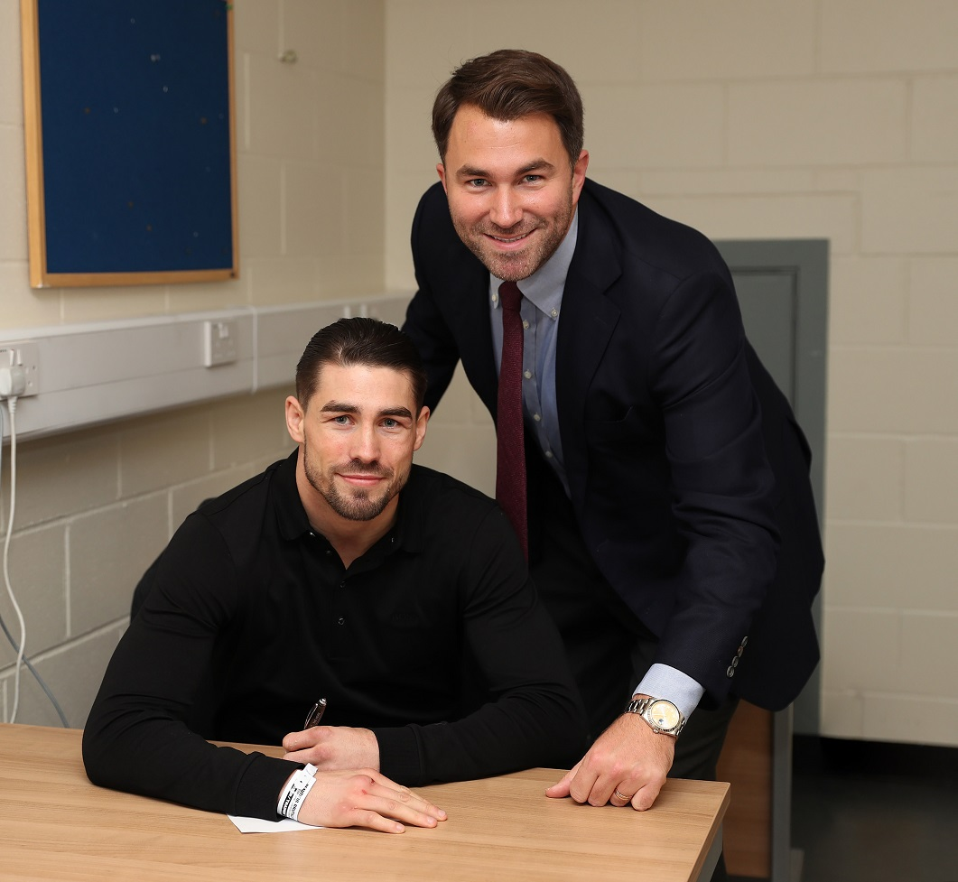 Jamie Cox signs foe Eddie Hearn's Matchroom.