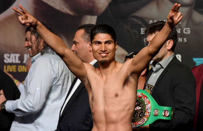 Mikey Garcia made a successful second bow at Welterweight with a unanimous win over