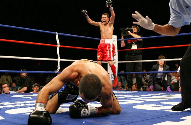 Donaire got his revenge on Darchinyan in round 9. Photo Credit: Pinoy Pride Sports