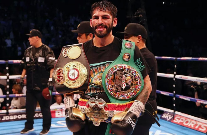 Linares won against Crolla back in September. Photo Credit: The Sun