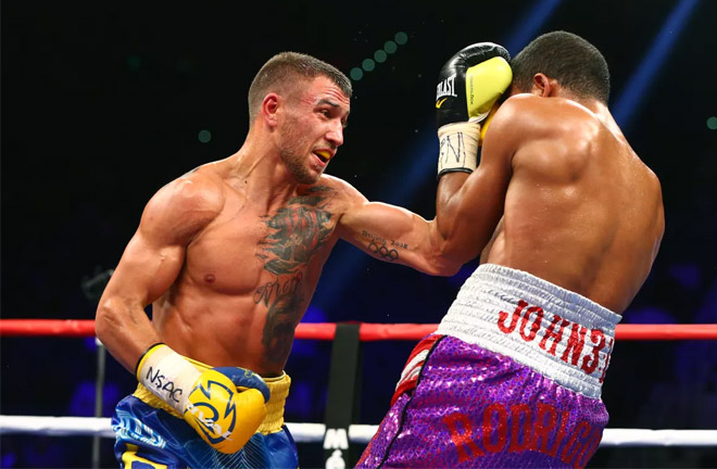 Lomachenko showing his class against Walters. Photo Credit: Bloody Elbow