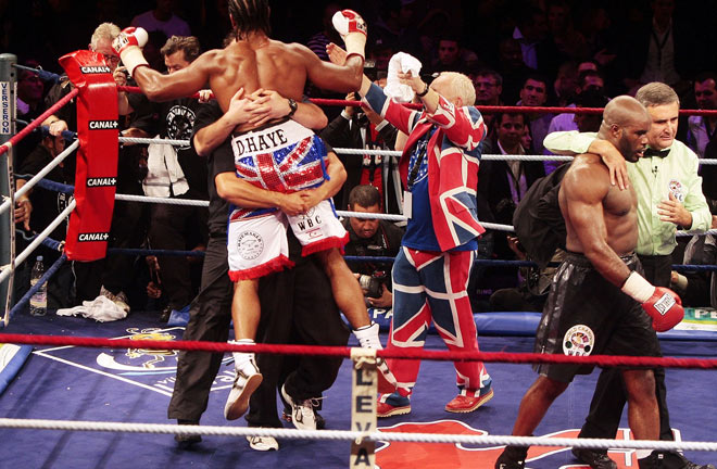 David Haye beats Jean-Marc Mormeck to become world cruiserweight champion. Photo Credit: Square Mile