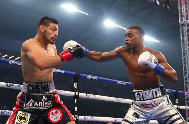 Errol Spence Jr. made light work of Carlos Ocampo to retain IBF welterweight title in Texas.