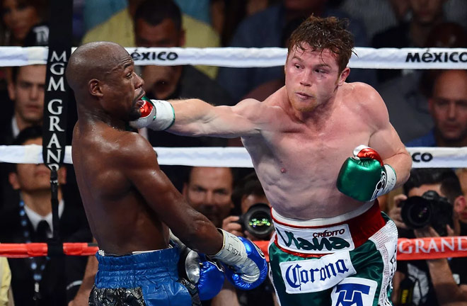 Alvarez has one recorded loss to Floyd Mayweather Jr. going back in 2014. Photo Credit: Bad Left Hook