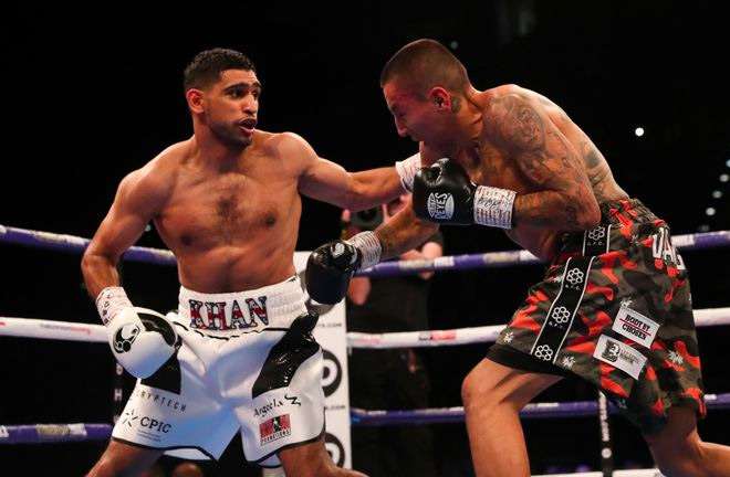 Amir Khan has a tough battle which went the distance with Samuel Vargas. Photo Credit: Sky Sports.