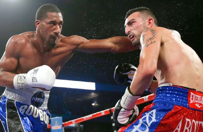 Former two-time junior middleweight champion Demetrius Andrade will take on Walter Kautondokwa this Saturday night. Photo Credit: noticierosgrem.com.mx