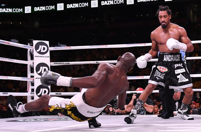 Demetrius Andrade dominated Walter Kautondokwa. Photo Credit: Sky Sports
