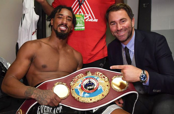 Demetrius Andrade wins WBO middleweight world last Saturday title in Boston. Photo Credit: Sky Sports