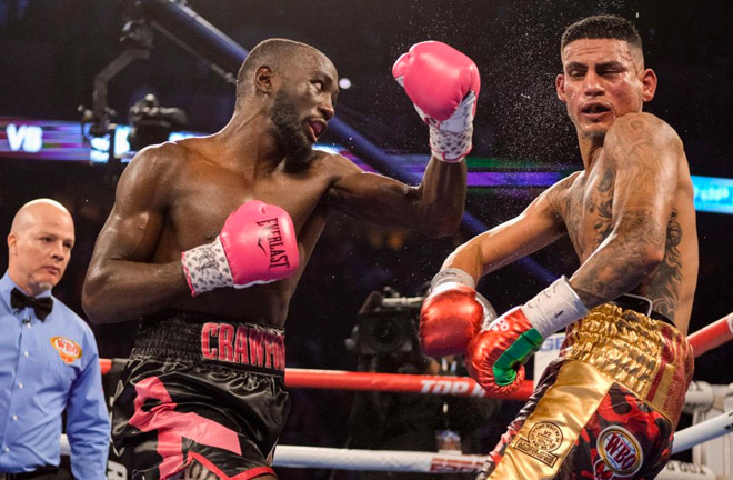 Terence Crawford moves to 34-0 with 25 knockouts after a 12th-round stoppage of José Benavidez 👊