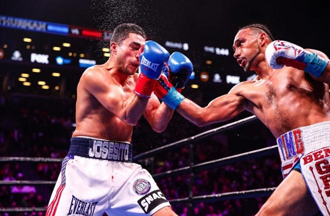 Keith Thurman outpoints Josesito Lopez. Photo Credit: Boxing News