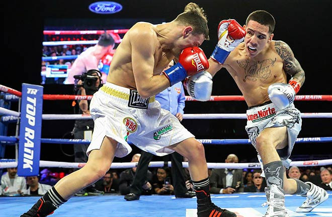 Valdez successfully defended his WBO Featherweight Title against Carmine Tommasone. Photo Credit: Boxing News
