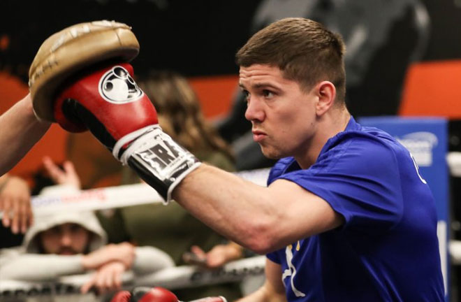 Luke Campbell takes on Mexican Adrian Young.