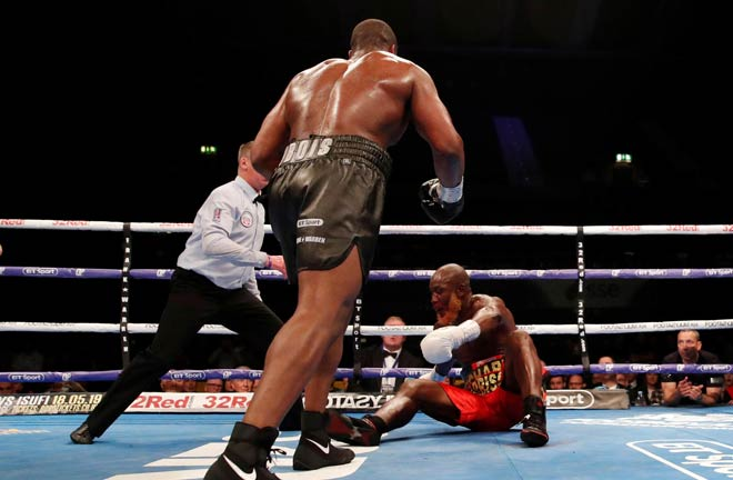 Dubois stopped Lartey in round 4. Credit: Evening Standard