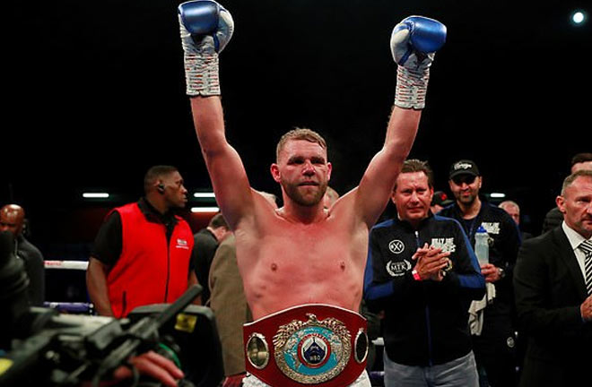 Saunders Crowned Two Weight World Champ in Stevenage. Credit: Daily Mail