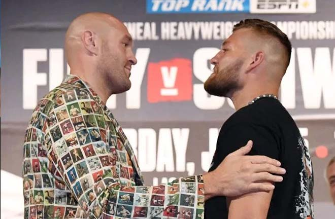 Fury-Schwarz face off. Credit: The Sun