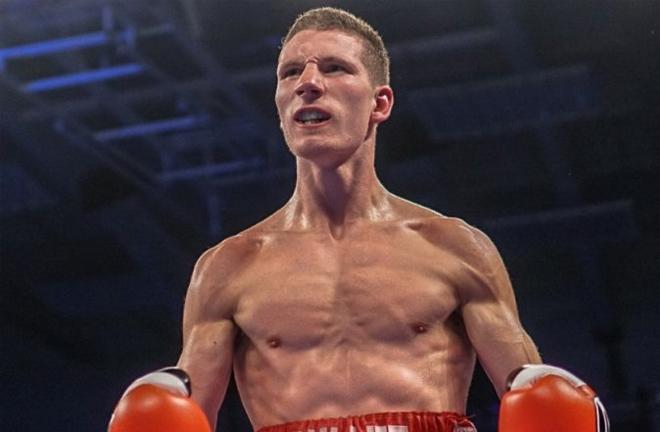 Sam Bowen, photo credit: boxing scene.com