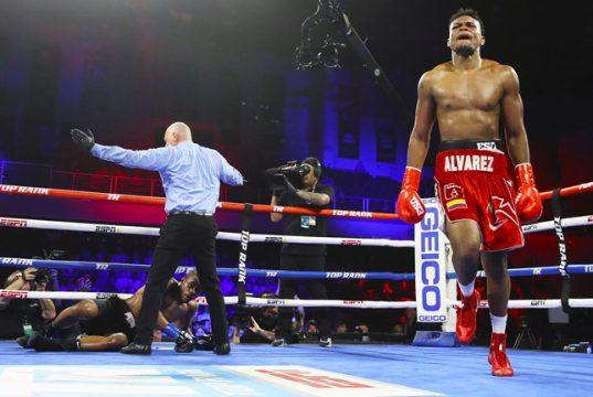 Alvarez puts Seals to sleep with a stunning KO victory.