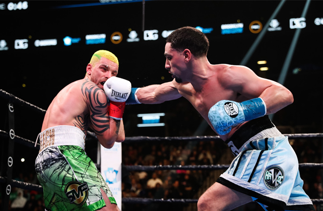 The former two-weight champion Garcia was dominant in a unanimous points win Credit: SHOWTIME Boxing