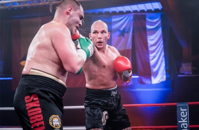 Unbeaten Danish Heavyweight Kem Ljungquist made it 10 unbeaten in Hamburg Credit: Miguel Ferraz