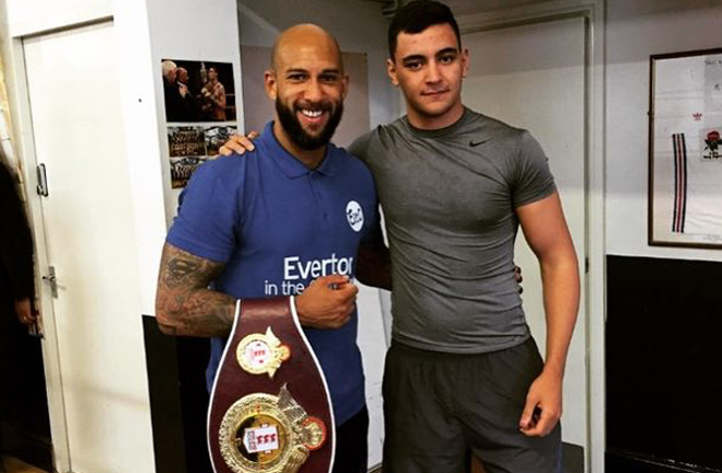 Evertonian, Quarless joined by former goalkeeper, Tim Howard. Photo credit: liverpoolecho.co.uk