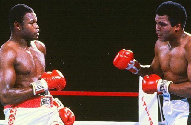 Larry Holmes taking on former sparring partner, Muhammad Ali. Photo Credit: Sports Illustrated.