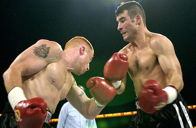Calzaghe stormed to a fourth round stoppage of Will McIntyre on the undercard of Mike Tyson-Brian Nielsen Photo Credit: boxinghalloffame.com