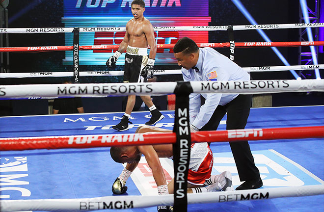 Shakur Stevenson headlined Top Rank's return on Tuesday night with a sixth round stoppage victory Photo Credit: Mikey Williams