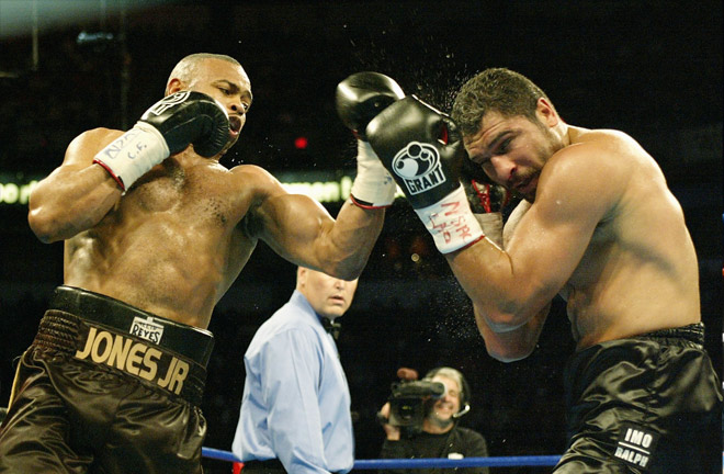 Roy Jones Jr facing John Ruiz at Heavyweight. Photo Credit: Bleacher Report