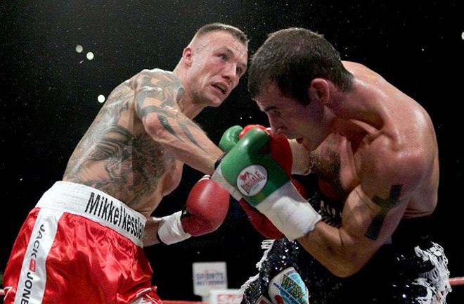 Joe Calzaghe in his final bout at Super-Middleweight against Mikkel Kessler. Photo Credit: RingTV