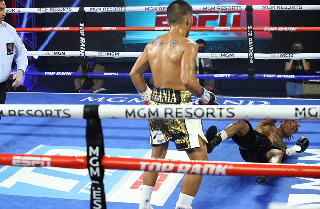 Plania landed two heavy knockdowns in a majority decision victory Photo Credit: Mikey Williams/Top Rank