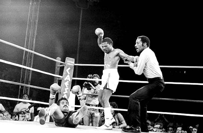 Steele was the third man in the rematch between Aaron Pryor and Alexis Arguello in 1983 Photo Credit: thefightcity.com