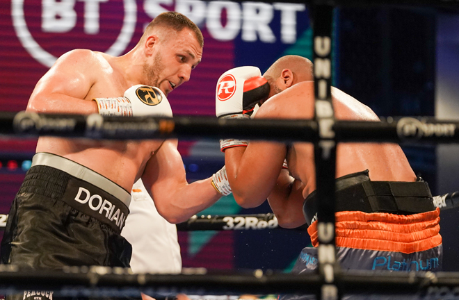 Dorion Krasmaru extended his unbeaten record with a points victory over the durable Phil Williams Photo Credit: Queensberry Promotions