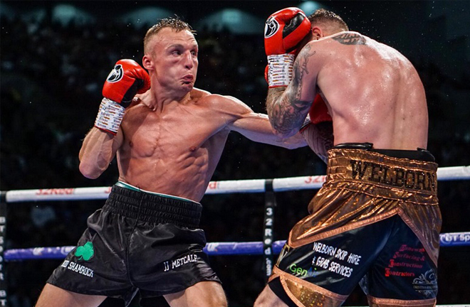 JJ Metcalf defends his Commonwealth title for the first time since beating Jason Welborn Photo Credit: mtkglobal.com