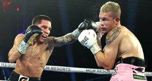 Oscar Valdez put on a dominant display against Jayson Velez after almost eight months out Photo Credit: Mikey Williams/Top Rank
