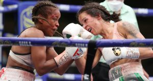 Terri Harper retained her WBC & IBO Super-Featherweight World titles after a thrilling split draw with Natasha Jonas at Matchroom HQ on Friday Photo Credit: Mark Robinson/Matchroom Boxing
