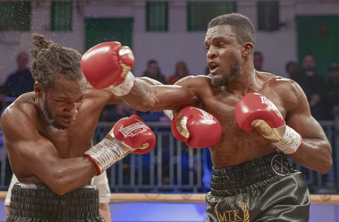 Ohara Davies booked his place in the final after stopping the tough Jeff Ofori in February Photo Credit: Scott Rawsthorne / MTK Global