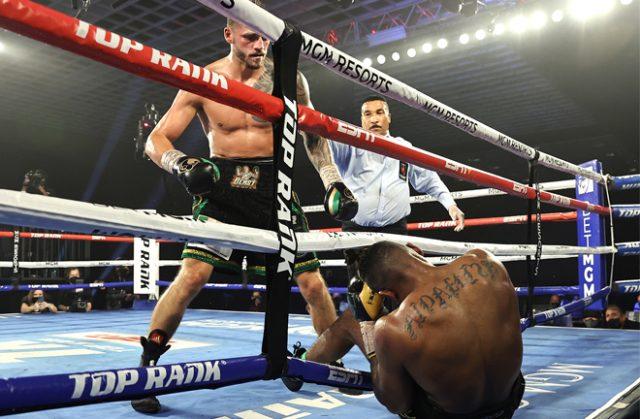 Joe Smith Jr stopped Eleider Alvarez in nine rounds in Las Vegas on Saturday Photo Credit: Mikey Williams/Top Rank