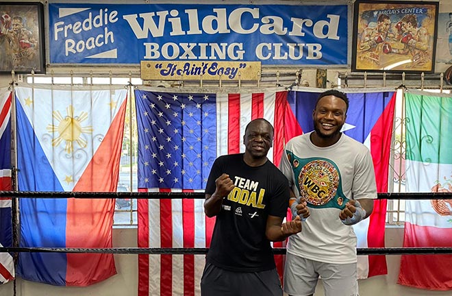 Viddal with his coach Jeff Mayweather, uncle to Floyd Mayweather. Photo Credit: Amer Abdallah