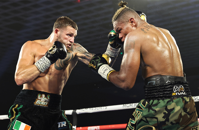 Smith Jr dominated large spells against Alvarez Photo Credit: Mikey Williams/Top Rank