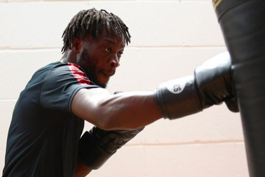 Denzel '2Sharp' Bentley will be looking to win his first professional title against Heffron. Photo credit: 32Red