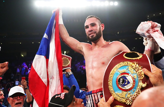 Pedraza is aiming to become a three-weight world champion Photo Credit: www.frontproofmedia.com