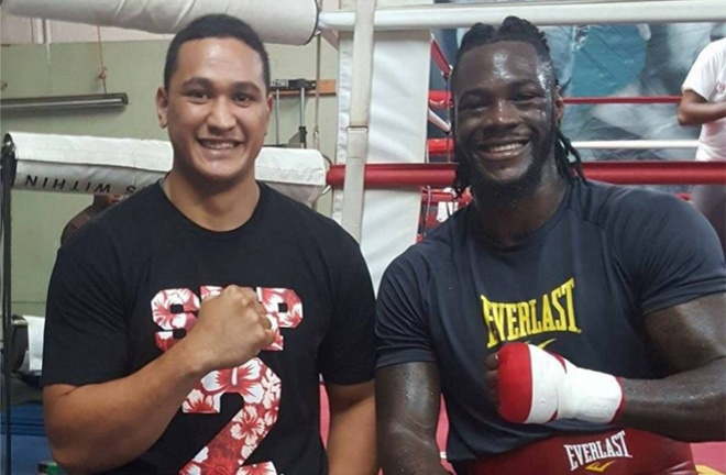 Deontay Wilder suffered a bicep injury prior to his fight with Tyson Fury, Junior Fa has claimed